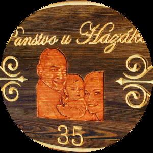 reklamný drevený nápis, reklamná tabuľa na chatu, drevený nápis na chalupu